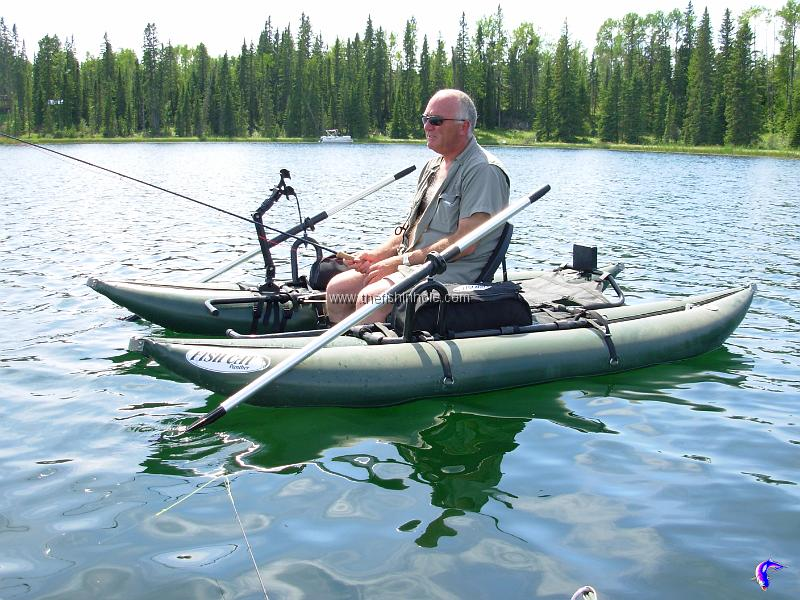 Personal pontoon boats 101 fishing article by the fishin for Best fishing pontoon boats