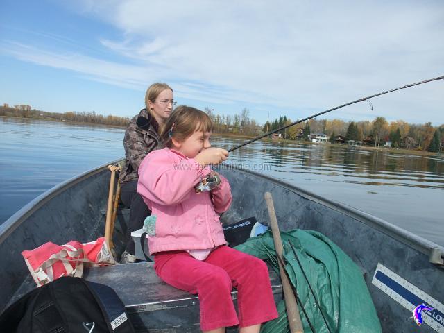 Fall walleye fishing article by the fishin 39 hole for Fall walleye fishing